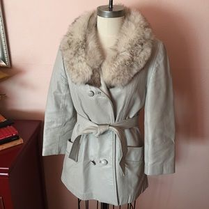 VTG 70s Grey Leather Wrap Coat with Fur Collar